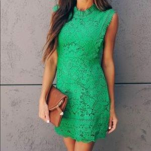 AMÉLIE CROCHET LACE DRESS
